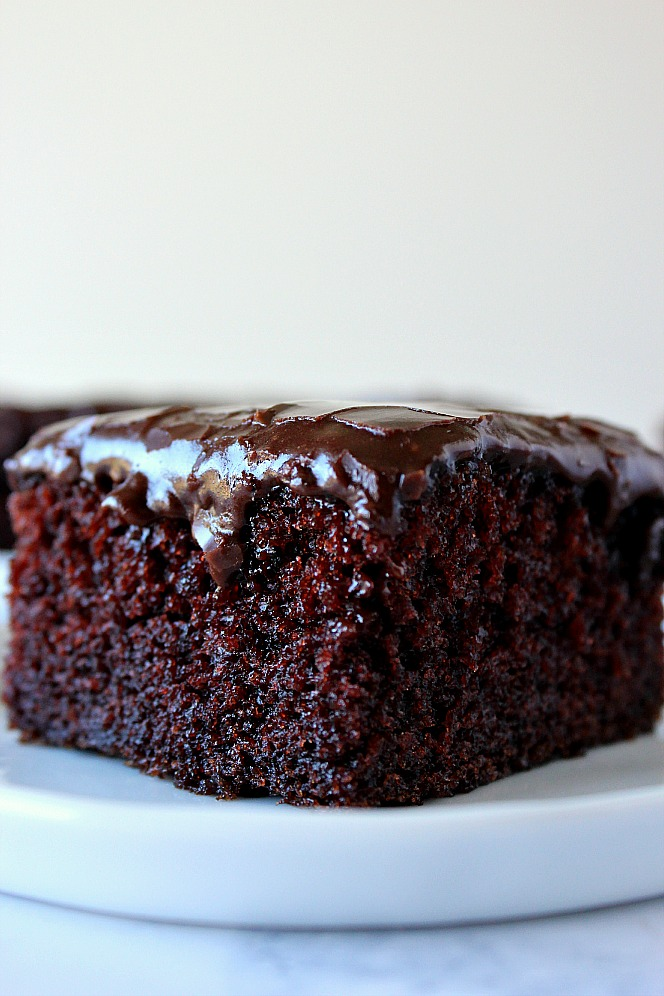 one-bowl-chocolate-cake-3
